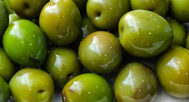 Campo Real Olives Gift from Madrid by Naked Madrid